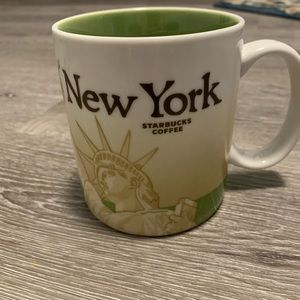 Starbucks 2009 New York City Collectors Edit Mug